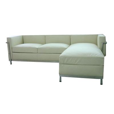 Le corbusier petite chaise sectional sofa for Le corbusier sofa nachbau